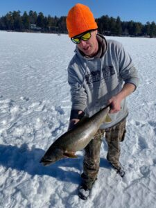 Ice Fishing in Maine 4